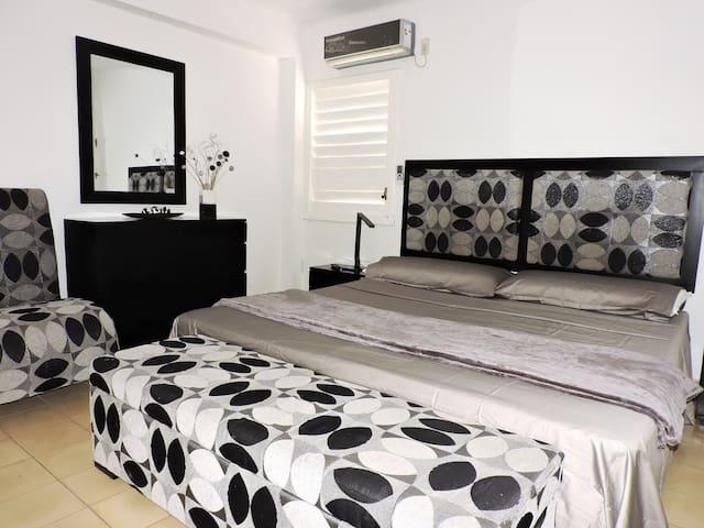 Moderna Habitacion , Apto. QK Miramar