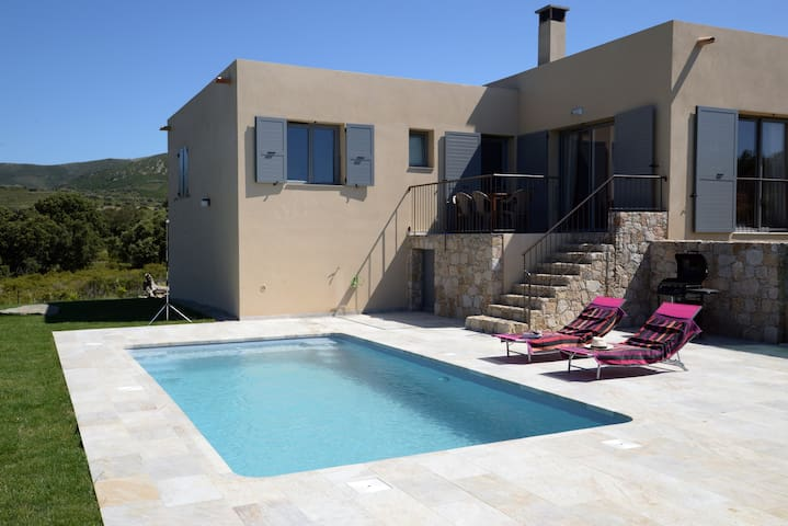 Casa Sicreta, villa climatisée avec piscine,Lozari - Palasca - Vila