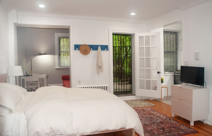 Charming, newly renovated prime Park Slope Studio