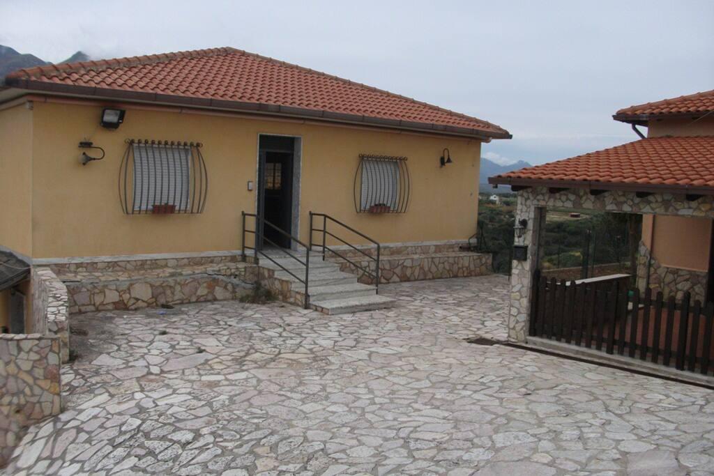 Villa ingresso