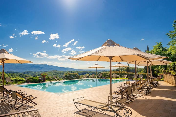 Stunning Holiday Home in Figline Valdarno with Barbecue