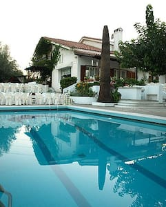 Luxurious Villa, affordable rates