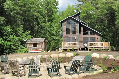 Otter Chalet Lakeside hot tub sauna - Wilmington