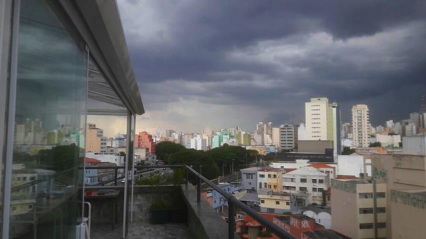 Quarto para 1, 2 ou 3 pessoas - Centro/Paulista