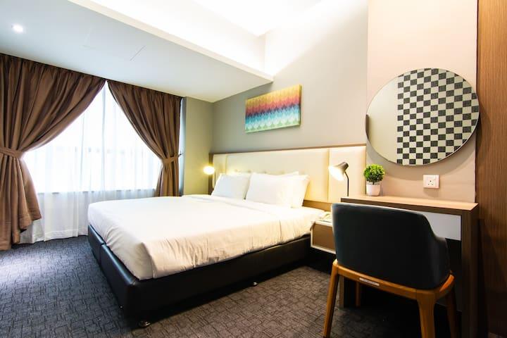 Stylish Couple Room <<Heart Of Johor City>>