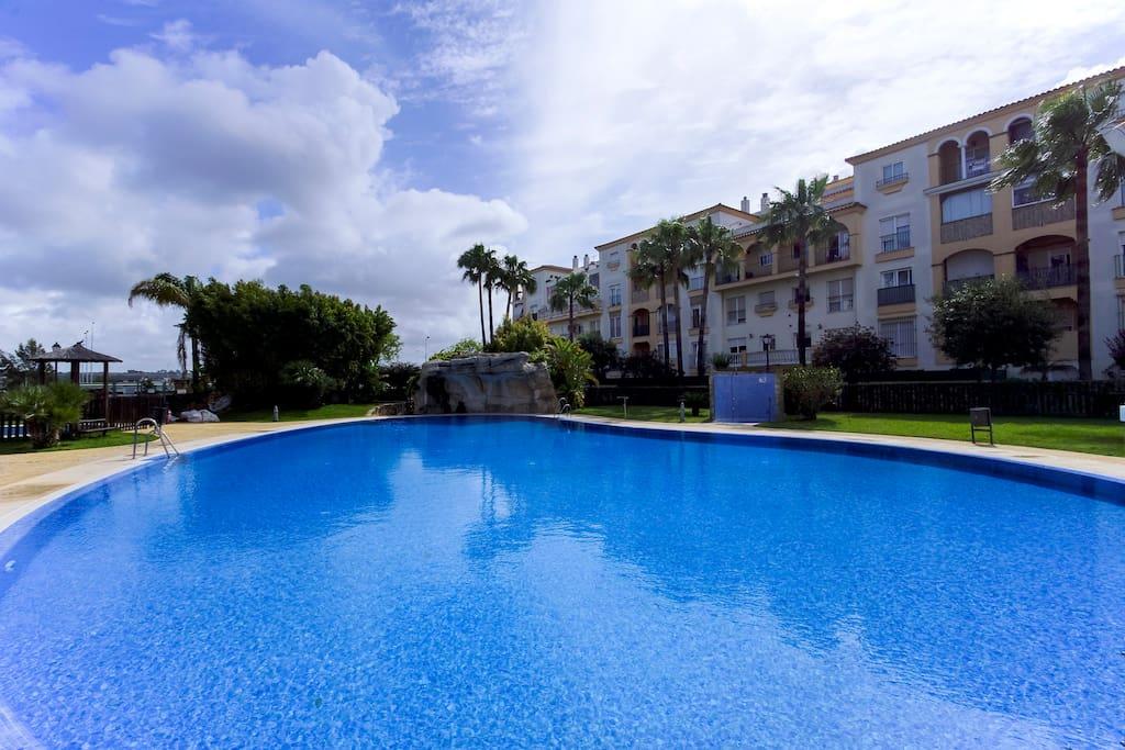 Apartamento en el puerto de sta maria con piscina for Piscina municipal el puerto de santa maria