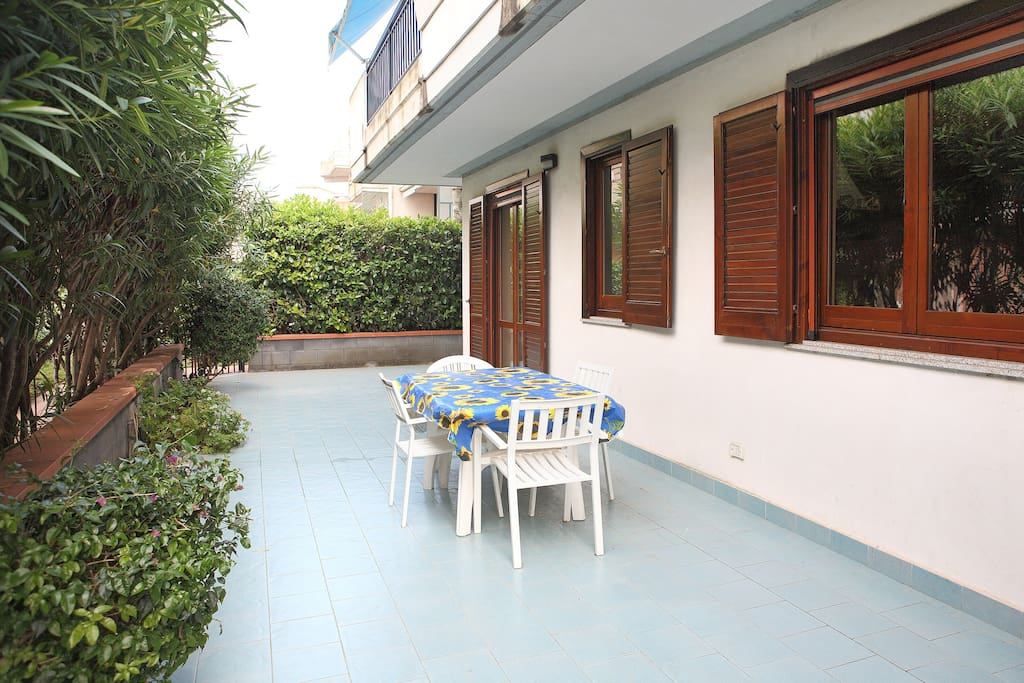 Residence con piscina sul mare apartments for rent in - Residence brunico con piscina ...