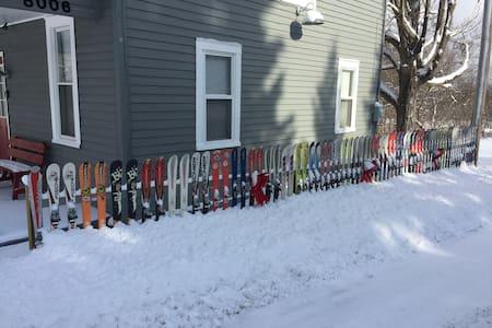 Eddyville Grange Hall Ski House near HV/Holimont - Little Valley