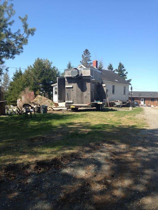 Jason's mobile smokehouse