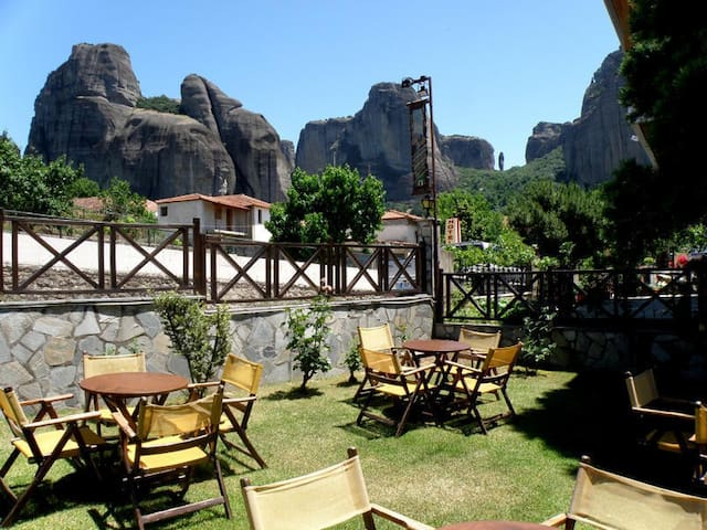 Alovely Deluxe room Meteora view - Kastraki - Bed & Breakfast
