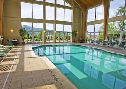 Vacation Village in the Berkshires - Williamstown - Condominium