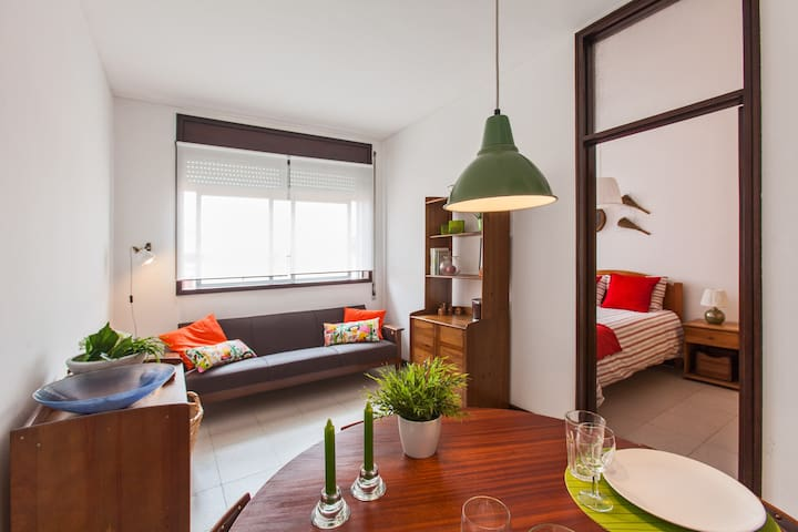 LOVELY 1-BEDROOM APT- CENTER!! - Porto - Apartamento