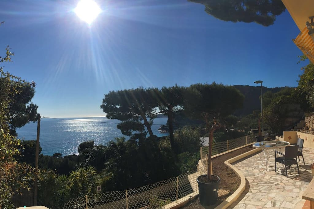 Private terrace with awesome views over Cap Ferrat and the Med!!