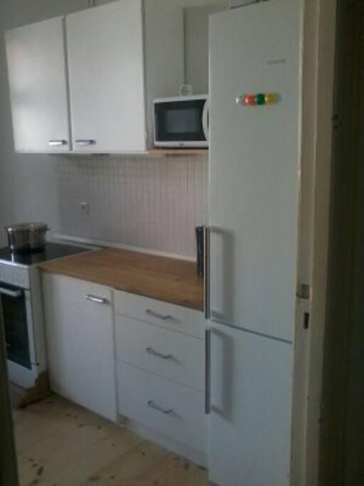 Kitchen/ Küche