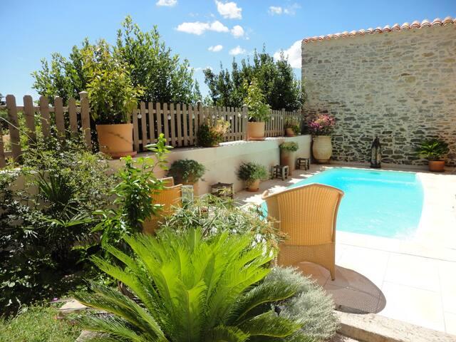 Villa Limonade, maison d'hôtes **** - Olonzac - Bed & Breakfast