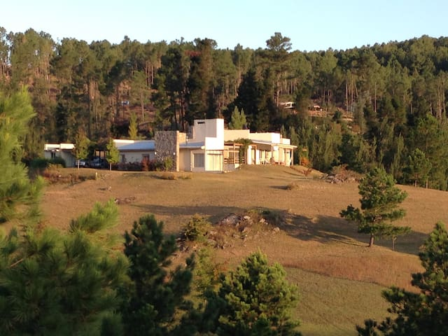 Farm House private beach and forest - Villa General Belgrano