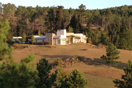 Farm House private beach and forest - Villa General Belgrano - Talo
