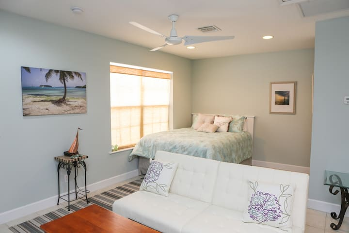 Sun & Fun in Stuart Florida! - Stuart - Apartment
