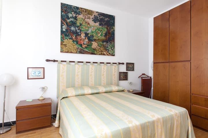 GREAT  2 bedroom APT, yard, 10min/beach, OK pets!