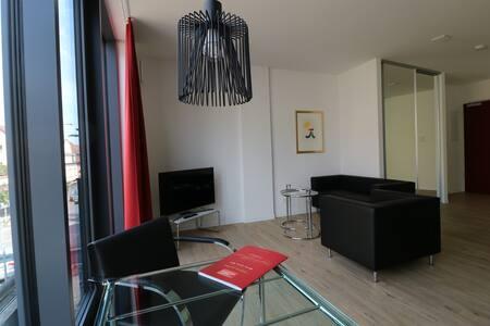 Modernes Apartment-Toplage/Stuttgart Zuffenhausen - Stuttgart