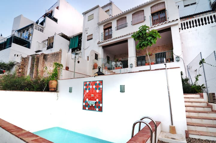 Villa with 4 bedrooms in Luque, with wonderful mountain view, private pool, terrace - 60 km from the beach