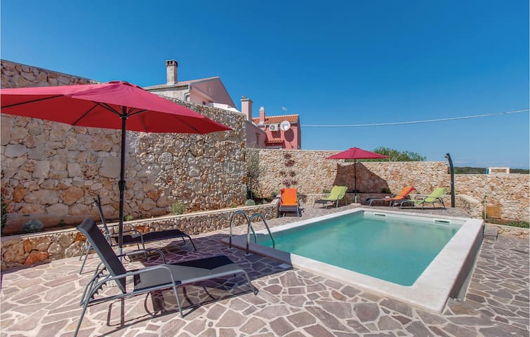 Terraced house with 2 bedrooms on 113 m²