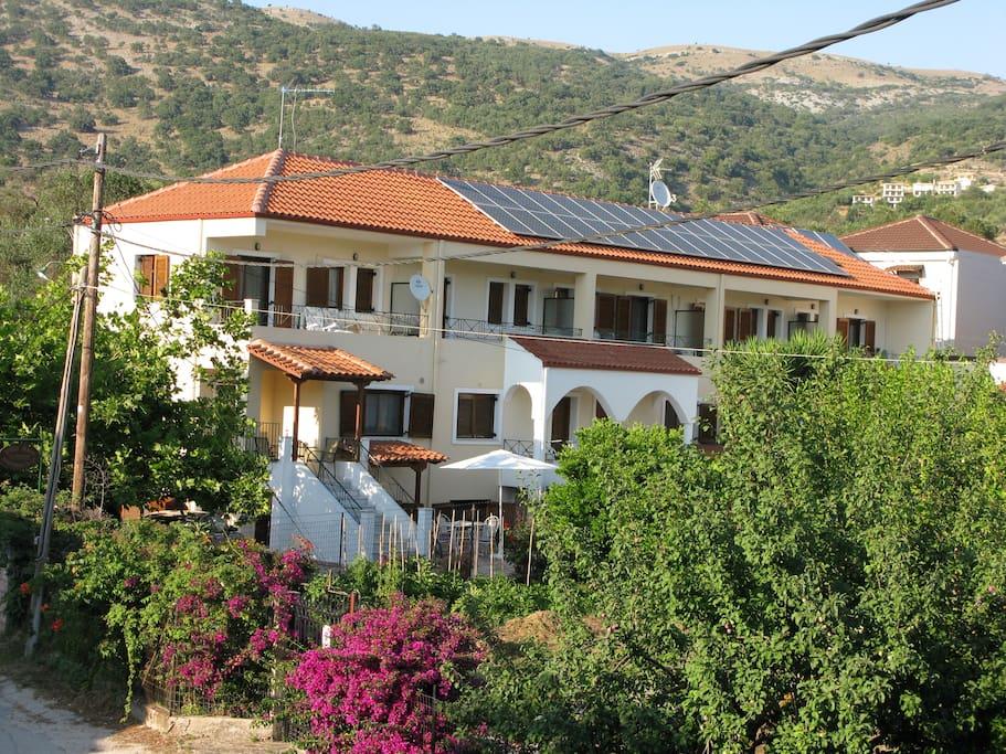 Villa Aloe- εξωτερική όψη