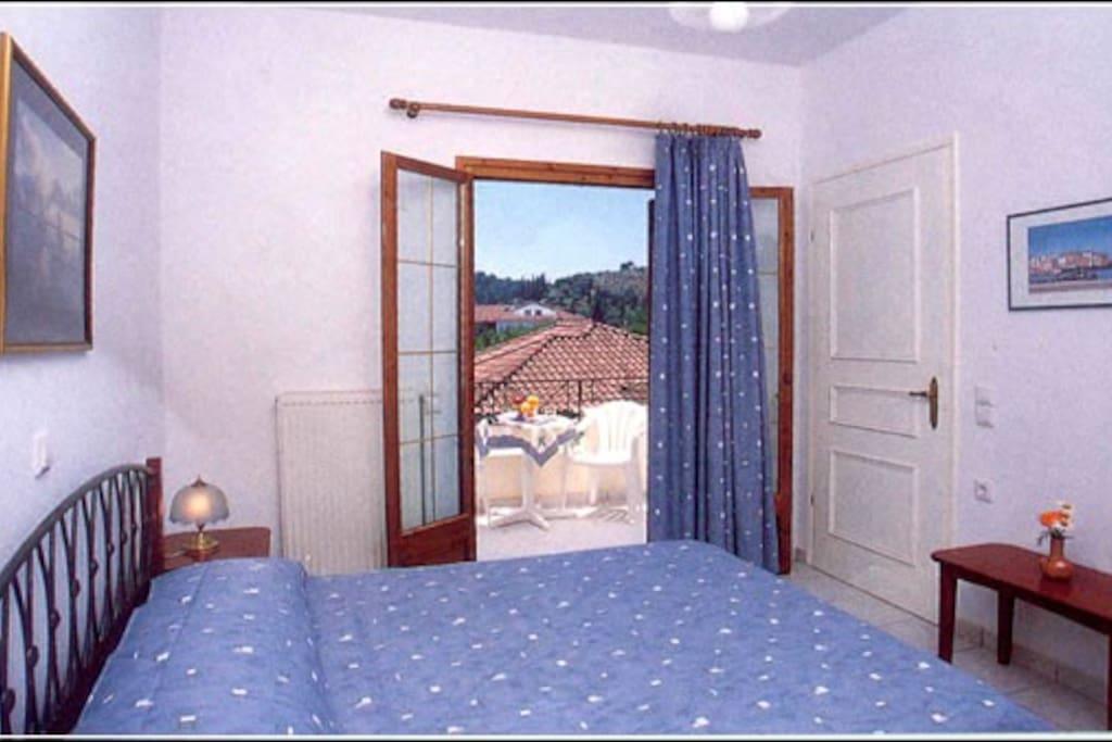 Υπνοδωμάτιο μεζονέτας
