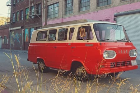 Beautiful & Practical Vintage 1966 Ford Econoline! - Moorpark - Wóz Kempingowy/RV