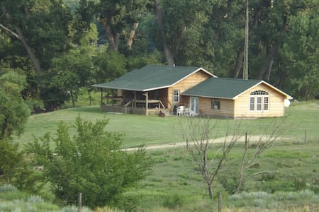 West Cabin Country Lodge