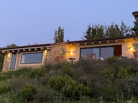 Luxury countryside estate on the hills of Langhe