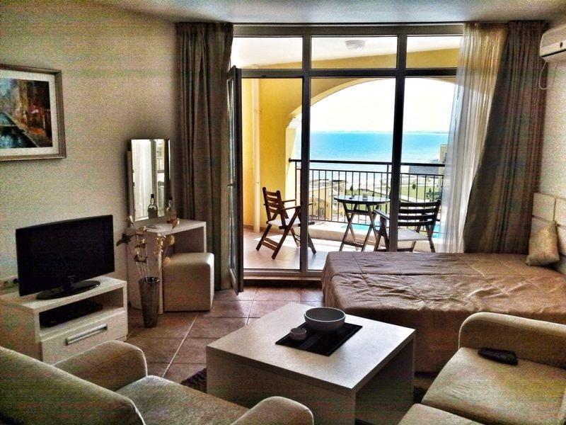 Дом в Кипарисия на берегу моря цены