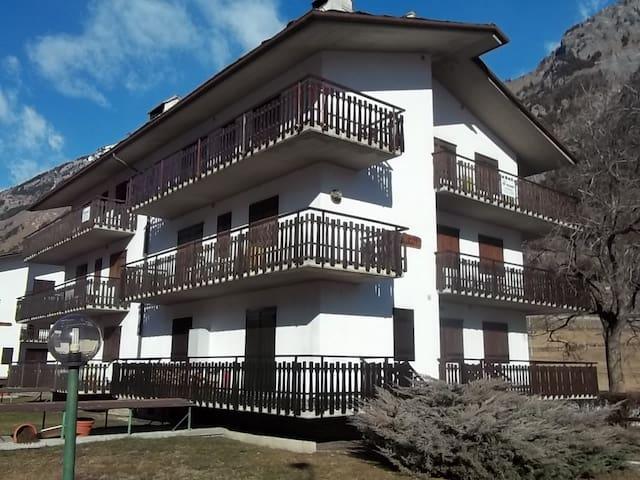 Appartamento vista Monte Bianco