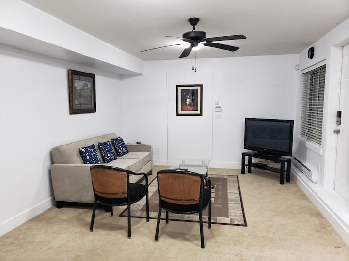 2 Bedroom suite,Private,clean & nearby city center