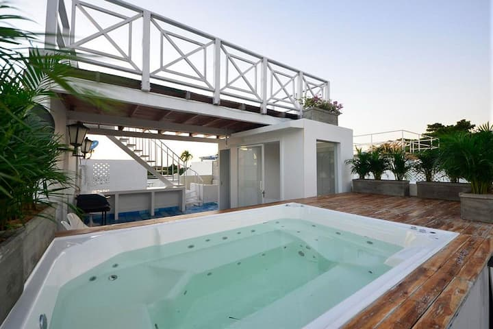 Car109 - Beautiful penthouse with pool and sea view in Cartagena