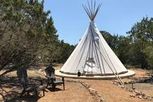 Tipi El Venado 22 ft. tipi with a queen bed