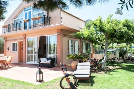 Comfortable house sleeps 4+  - Χανιά