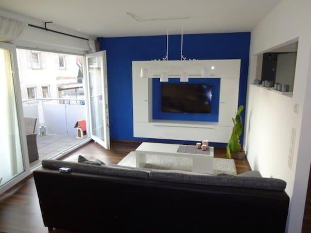 Exkl. 2 Z Wohnung Zentrum RT WLAN Terrasse Parkp