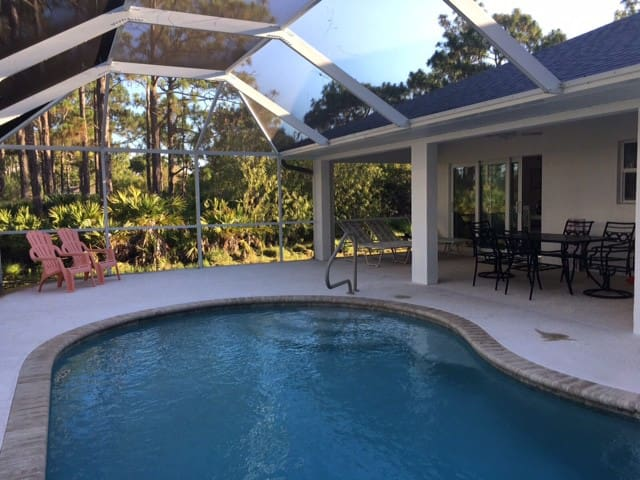 Pool and Lanai for relax