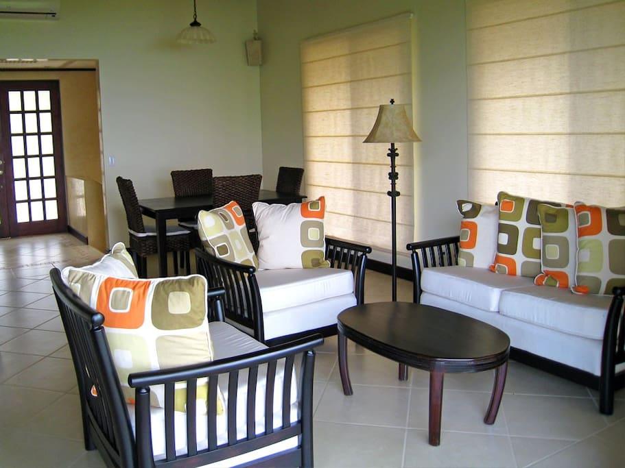Canto Villa Living Room
