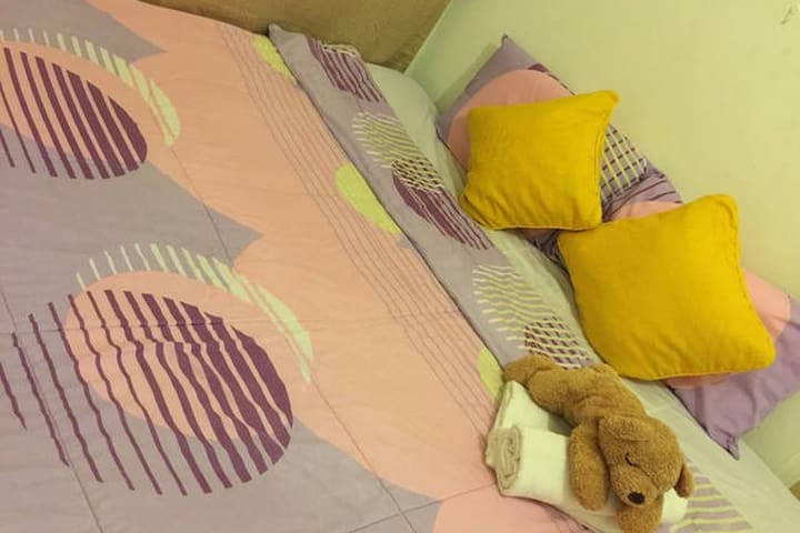 Kingsize bedroom & toilet in city - Bandar Seri Begawan
