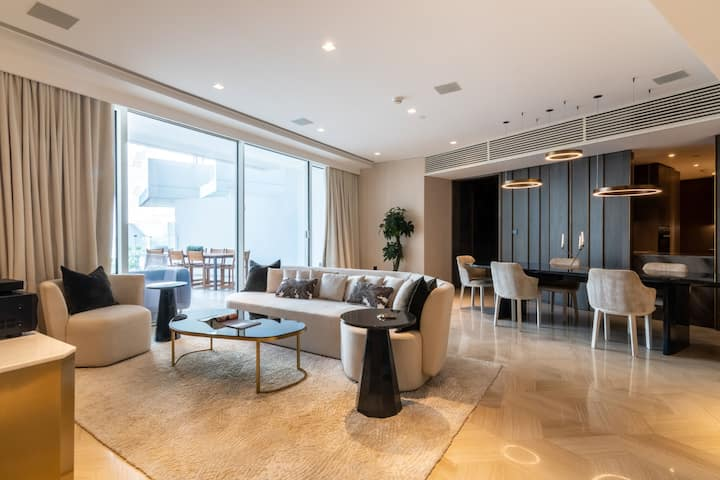 Magnificent Three Bedroom at FIVE Palm