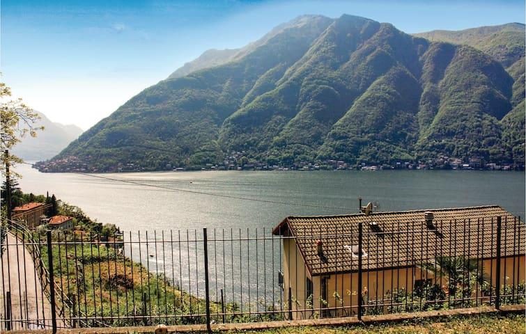 Holiday apartment with 1 bedroom on 60m² in Nesso CO