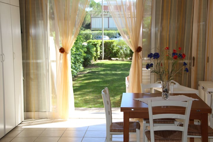 Studio with pool and garden - Marina di Bibbona - Appartement