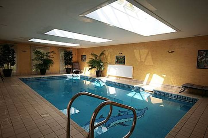 Dunmow Guest House - Great Dunmow - Bed & Breakfast