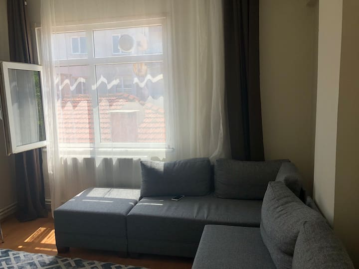 Perfect location.student house in Kartal.