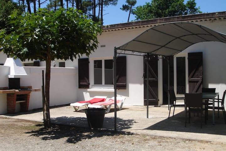 Studio avec terrasse 2 personnes à Léon, Landes