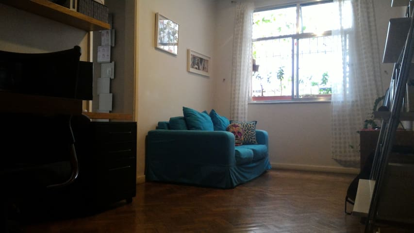 Cozy and quiet 1 bedroom apartment at Botafogo