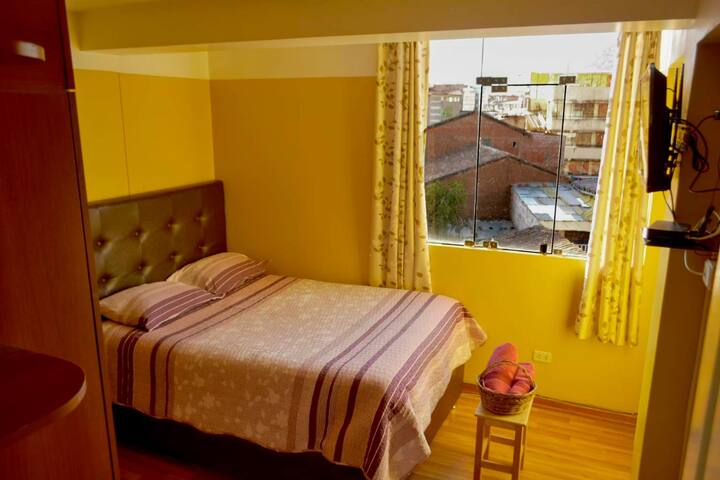 """""""Urpicha"""" confortable e iluminado habitación 1"""