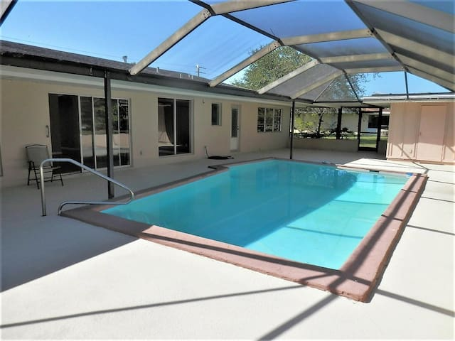 in-Law suite, pool, pets, Stuart/Jensen beach